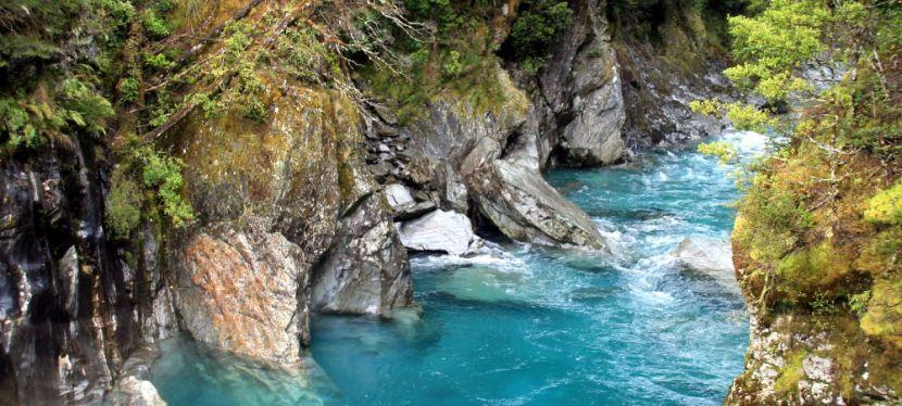 Blue Pools: Auch bei Regenblau